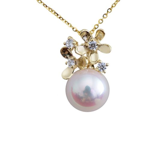 Picture of 18K Gold Blossom Pearl Pendant